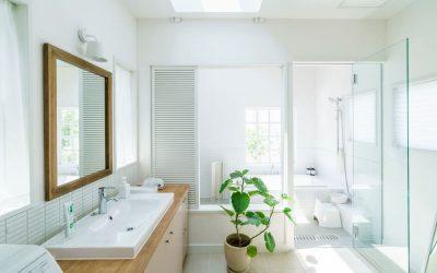 Quelles sont les bonnes idées pour la rénovation d'une petite salle de bain?