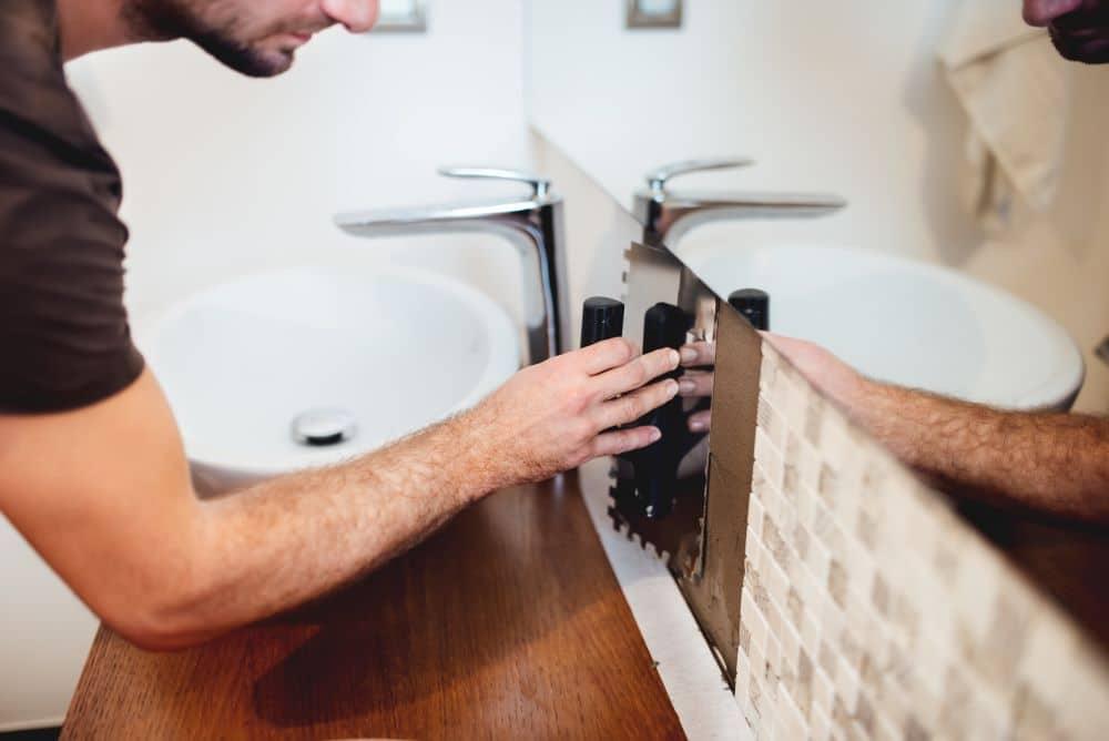 Qui contacter pour refaire sa salle de bain de façon originale?